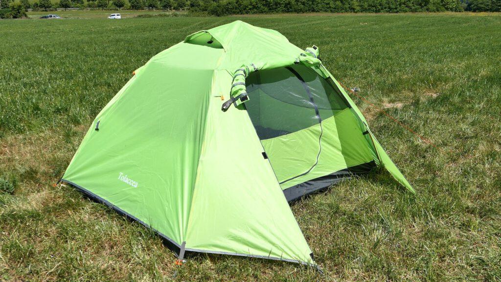 Leichtes Trekking Zelt in Sekunden aufgebaut - Tolaccea im Test