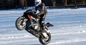 schnellster-wheelie-eis