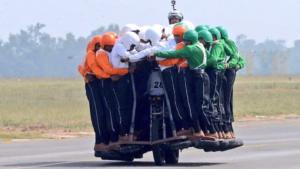 meiste-menschen-motorrad