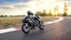 schnellste-motorrad-kawasaki-h2r