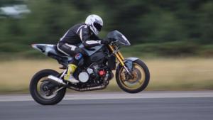 schnellster-wheelie