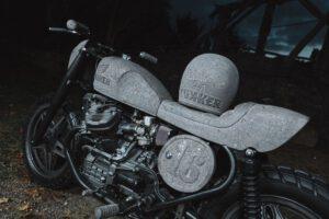 motorrad-basaltstein